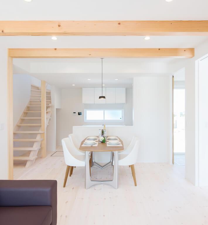 家族と家の調和|八戸市の工務店グリーンホームズで新築注文住宅を建てよう!