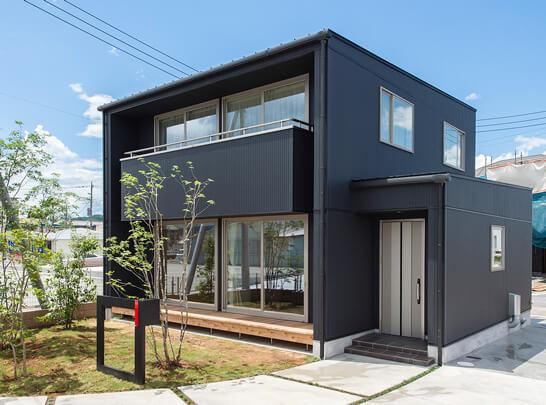 グリーンホームズの土壁と無垢の家「LIFEBOX」|八戸の新築住宅工務店 グリーンホームズ