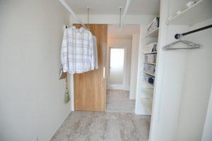 八戸市新築住宅のドライルーム|八戸市 平屋