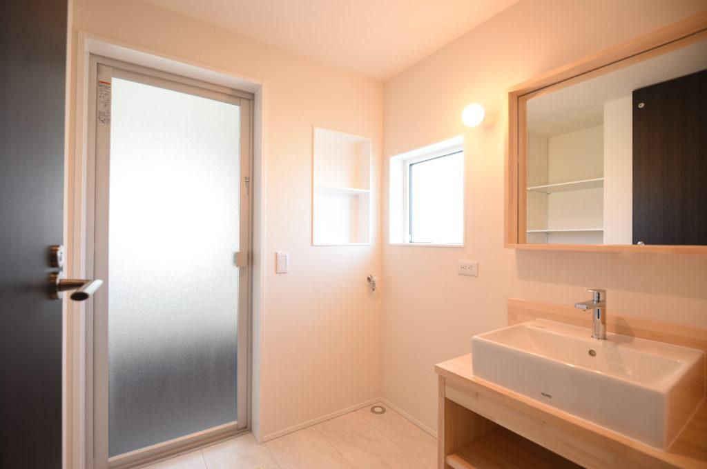 おしゃれな洗面化粧台|八戸市 新築住宅