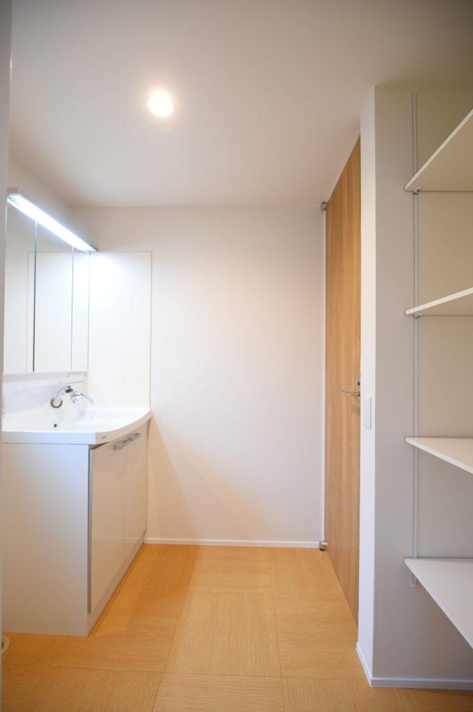 洗面所と収納|八戸市 工務店