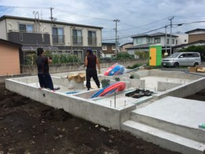 水道屋さんの配管工事|八戸市 工務店