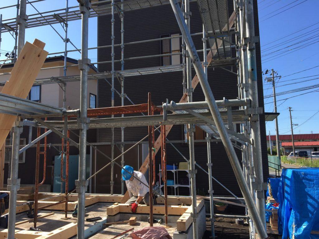 新築注文住宅の土台敷き|八戸市 工務店