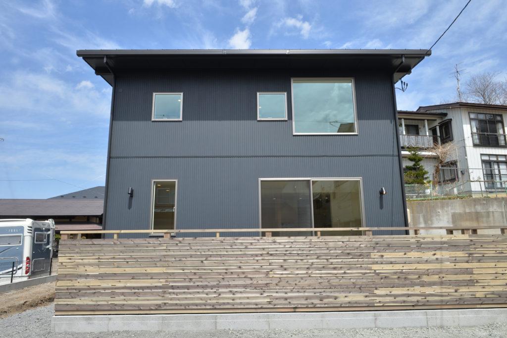 八戸市吹上の新築注文住宅かっこいい外観|八戸市 工務店