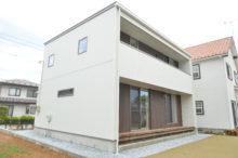 八戸市 白山台の白い外壁の新築住宅|八戸市 工務店