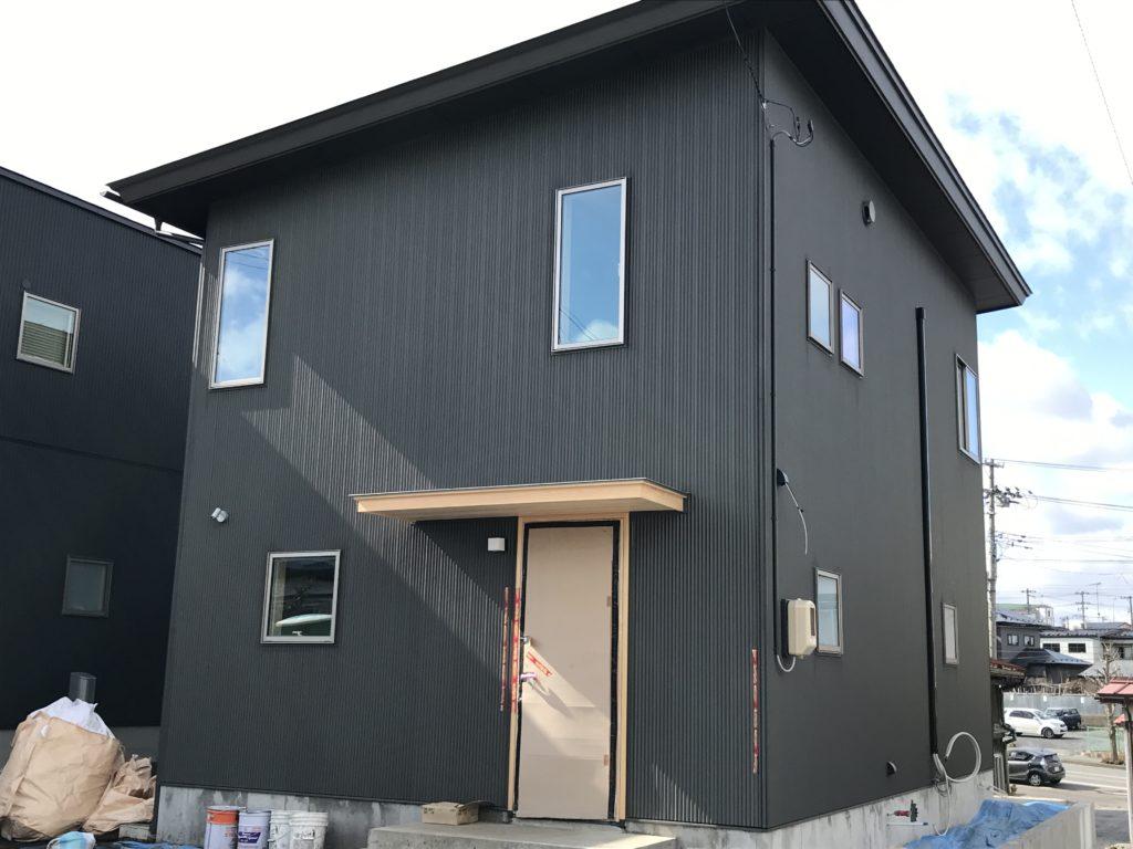 新築住宅モデルハウスの外壁|八戸市 工務店