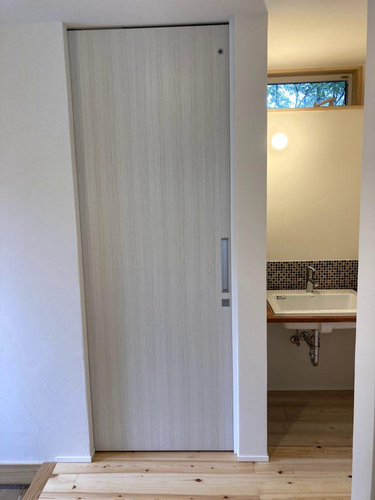 玄関の近くに手洗い場|八戸市 新築住宅