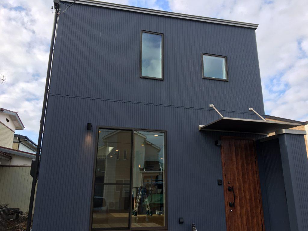 シンプルでかっこいい外観写真|八戸市 工務店