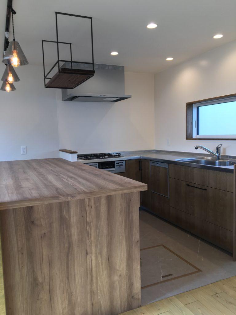 造作のダイニングテーブル|八戸市 工務店