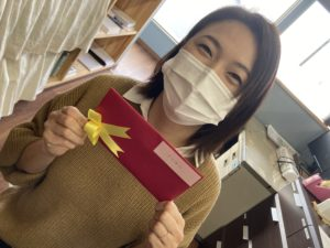 ギフトカードのプレゼント|八戸市 工務店