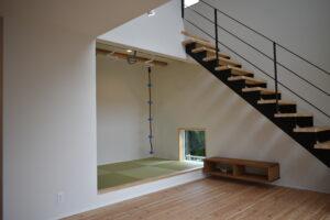 リビングの小上がりの畳ルーム|八戸市 工務店