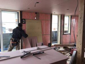 新築住宅のボード貼り|八戸市 工務店
