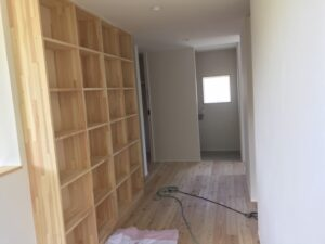 造作の本棚|八戸市 工務店