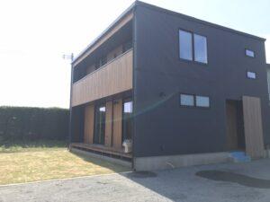 かっこいい新築住宅の外観写真|八戸市 工務店